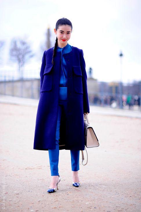 Total look bleu électrique